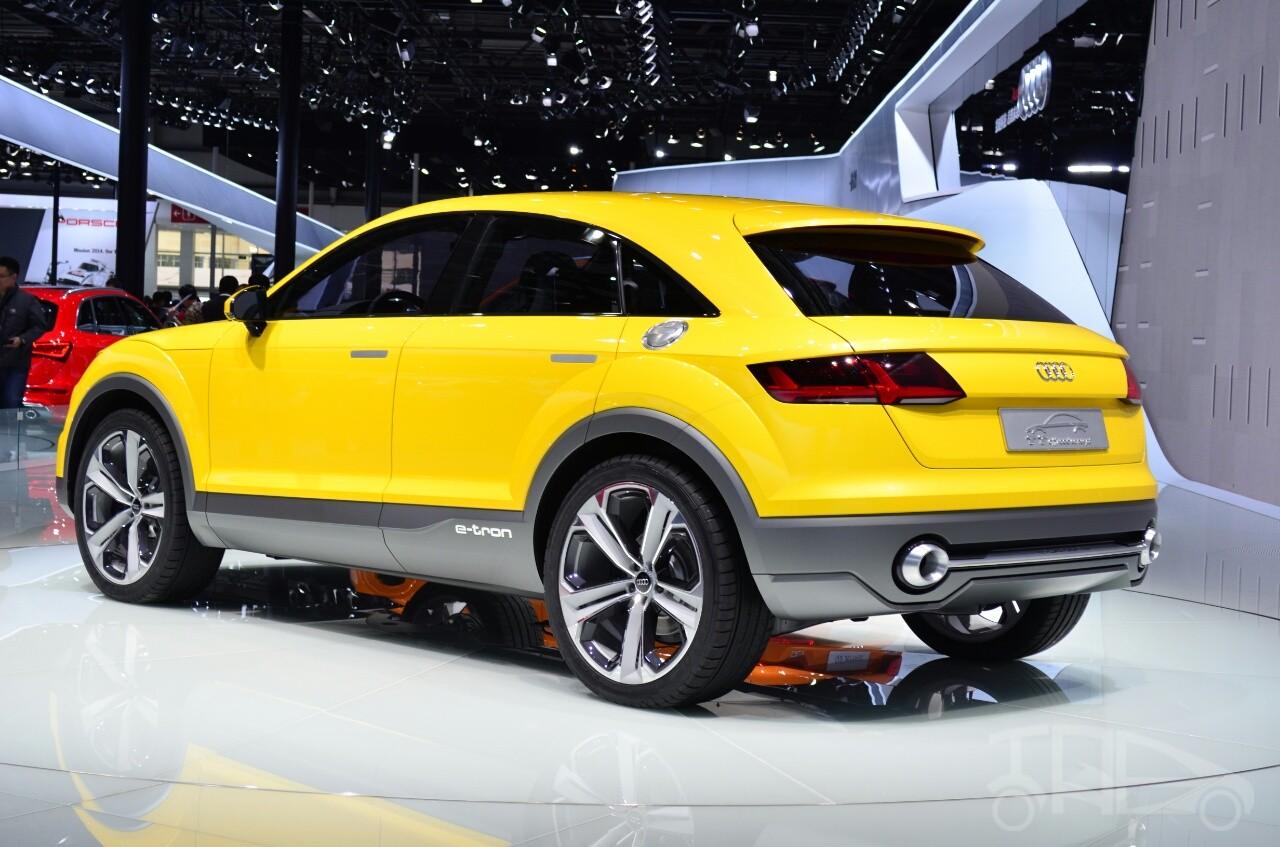 Audi Q4 sẽ sở hữu kiểu dáng SUV lai Coupe với nóc dốc về phía sau mượt mà