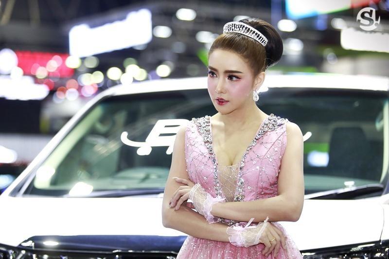 Điểm mặt những người mẫu xinh nhất, quyến rũ nhất Thai Motor Expo 2018 - 21