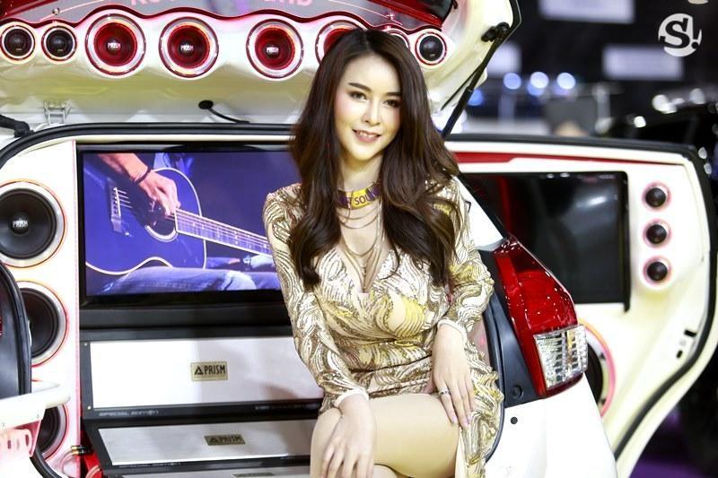 Điểm mặt những người mẫu xinh nhất, quyến rũ nhất Thai Motor Expo 2018 - 14