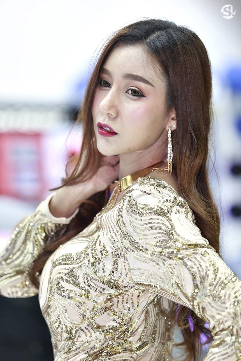 Điểm mặt những người mẫu xinh nhất, quyến rũ nhất Thai Motor Expo 2018 - 12