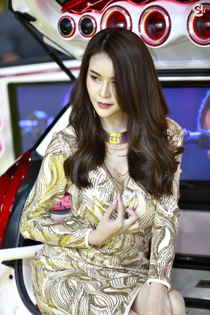 Điểm mặt những người mẫu xinh nhất, quyến rũ nhất Thai Motor Expo 2018 - 3
