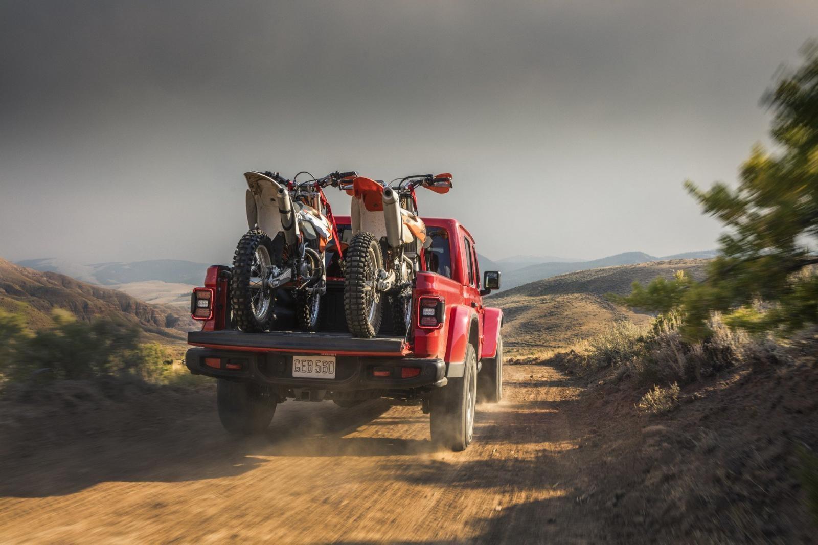 Jeep Gladiator Rubicorn sở hữu một số trang bị giúp nâng cao khả năng offroad