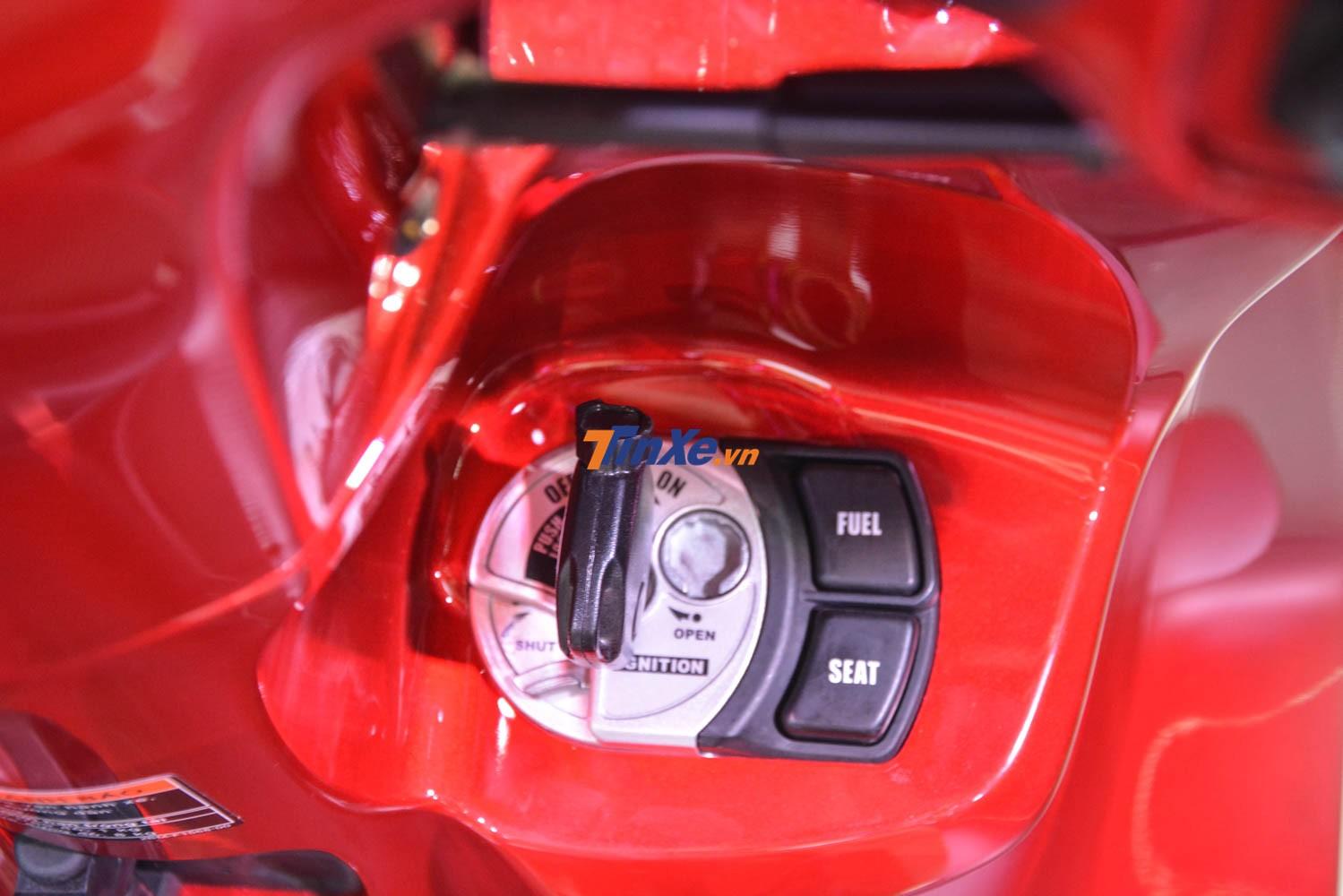 Yamaha Grande bản tiêu chuẩn vẫn được trang bị chìa khoá cơ thông thường