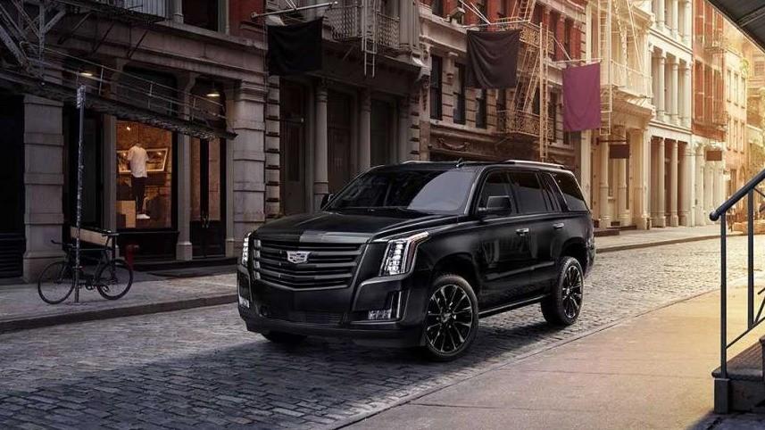 Cadillac Escalade Sport Edition có giá tương đương 1,98 tỷ đồng