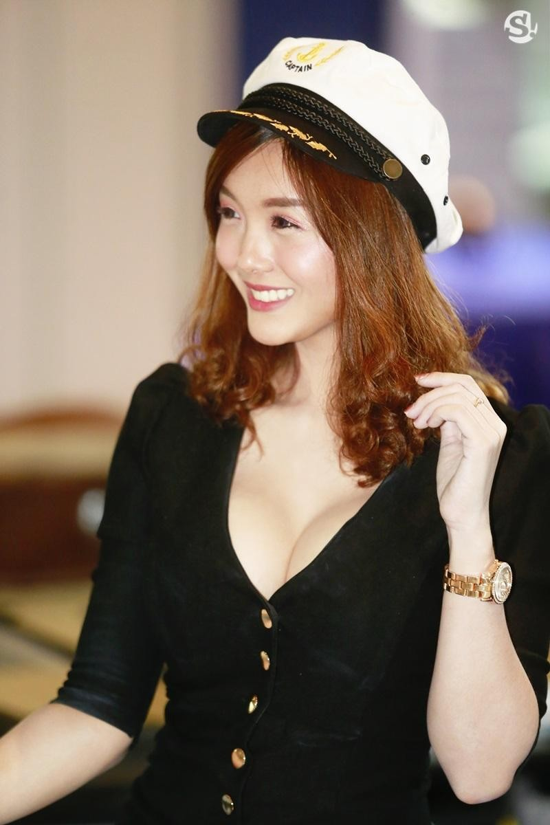 Chùm ảnh tóm gọn những người đẹp quyến rũ ở Thai Motor Expo 2018 - 4