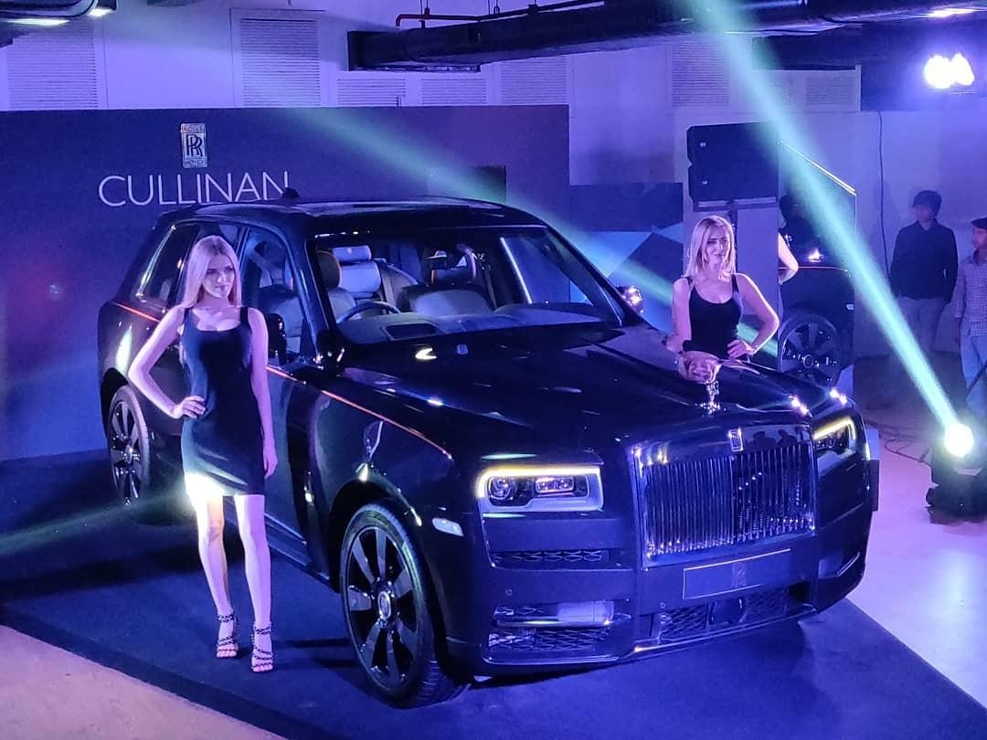 Rolls-Royce Cullinan ra mắt giới nhà giàu Ấn Độ