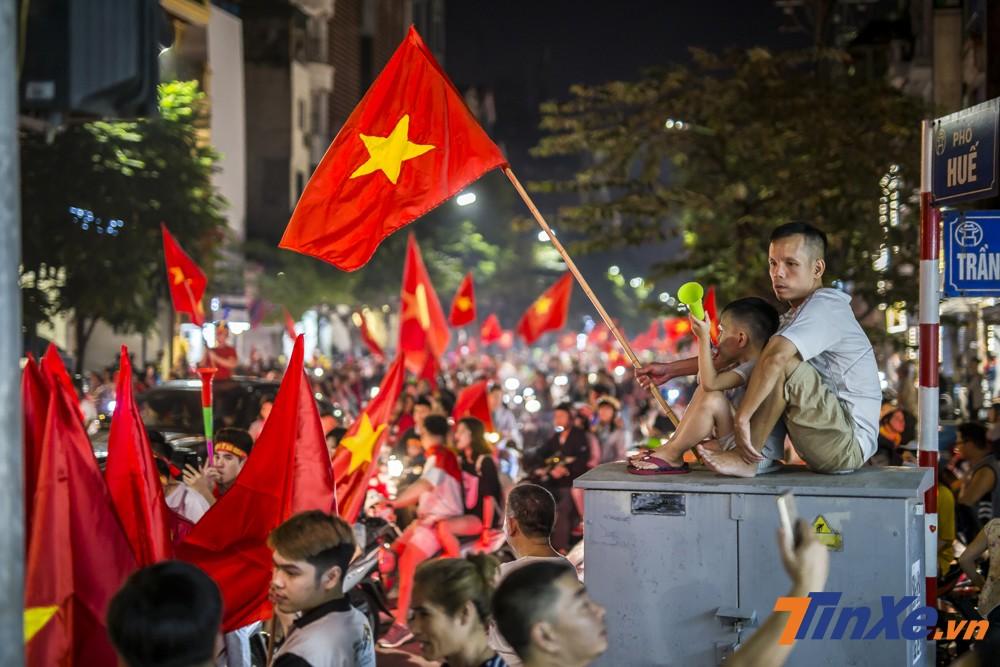 Có thể nói, việc đội tuyển Việt Nam vào chung kết AFF Cup 2018 sẽ khiến Hà Nội có một đêm không ngủ.