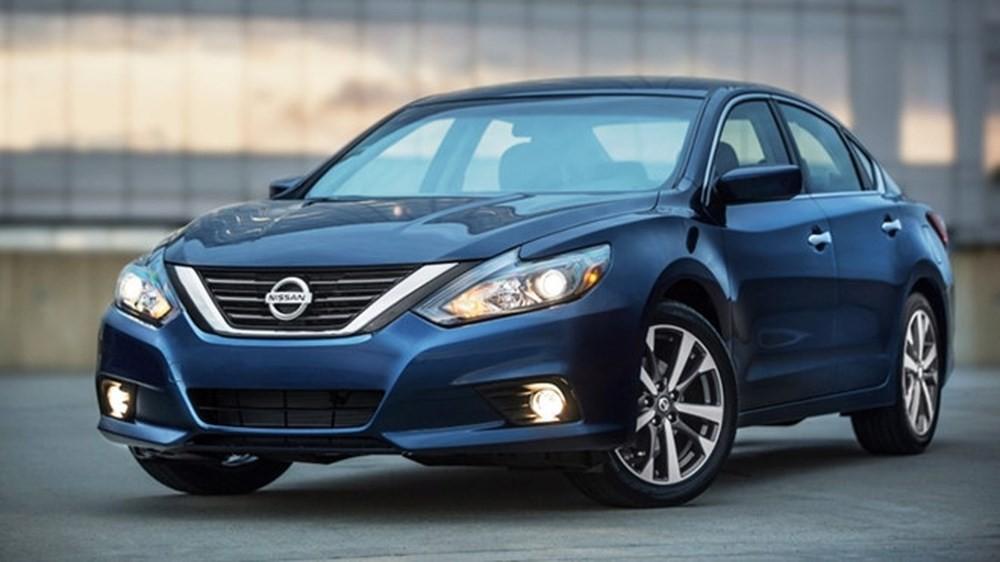 Khó lòng thông quan, Nissan Teana tạm chia xa thị trường Việt