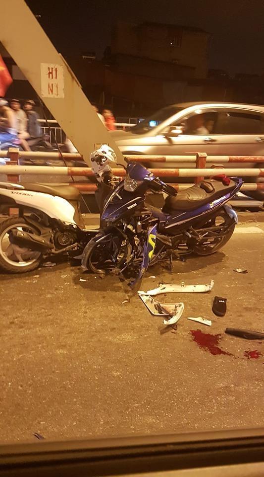 Hiện trường vụ tai nạn giữa 2 xe máy Yamaha Exciter và Honda Vision