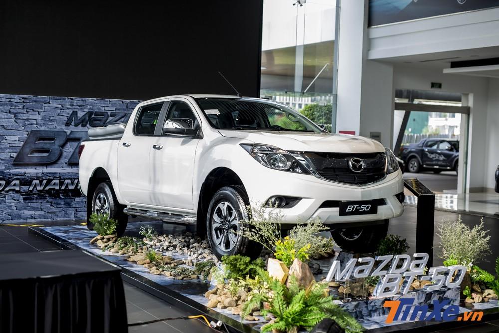 Mazda BT-50 được giảm giá mạnh tới 30 triệu VNĐ trong tháng 12/2018.