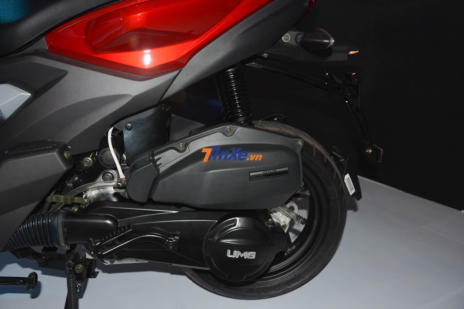 UMG Motor Damon 125cc sử dụng loại động cơ 125 phân khối, xy-lanh đơn có công suất và mô-men xoắn cực đại yếu hơn Honda Air Blade 125 cc