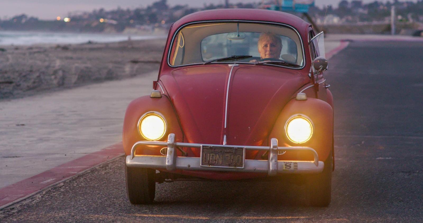 Chiếc Volkswagen Beetle đời 1967 của cụ bà 71 tuổi