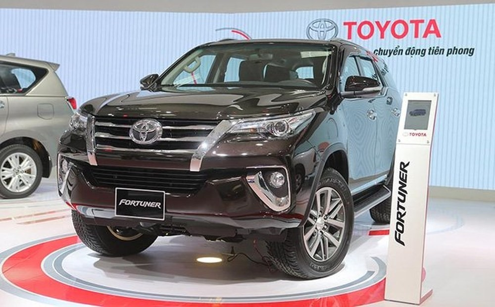 Toyota Fortuner không có dấu hiệu giảm nhiệt trong khi nguồn cung dần eo hẹp