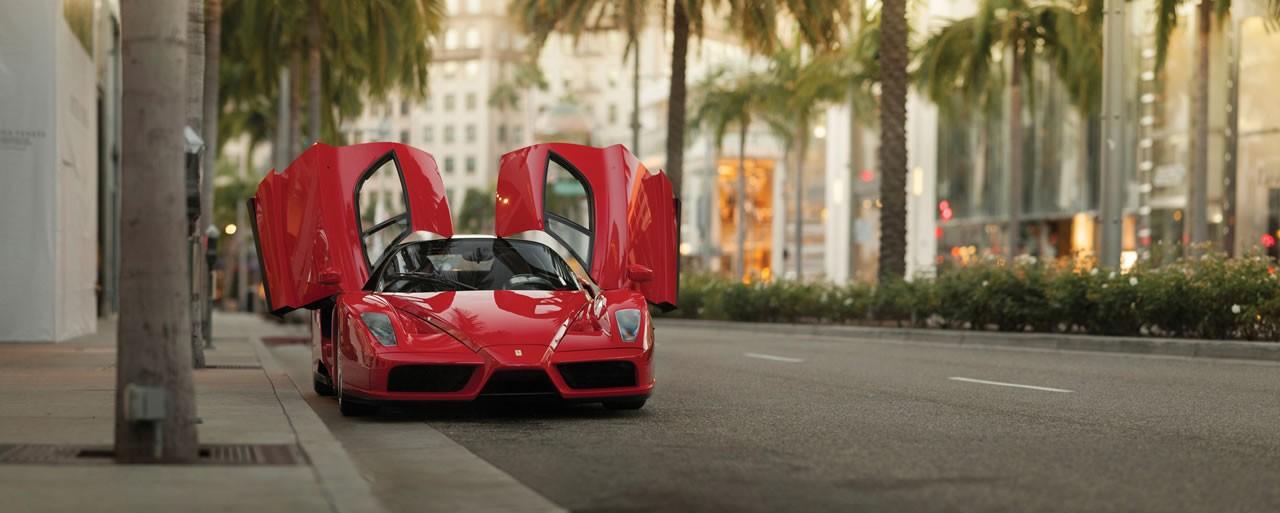 Enzo là siêu xe huyền thoại của thương hiệu Ferrari