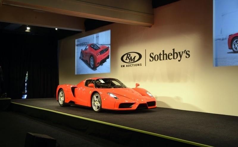 Chiếc siêu xe Ferrari Enzo thứ 400 xuất xưởng trong phiên đấu giá