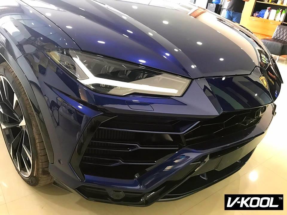 Ngoại hình của Lamborghini Urus được lai từ 2 mẫu xe là Aventador và Huracan