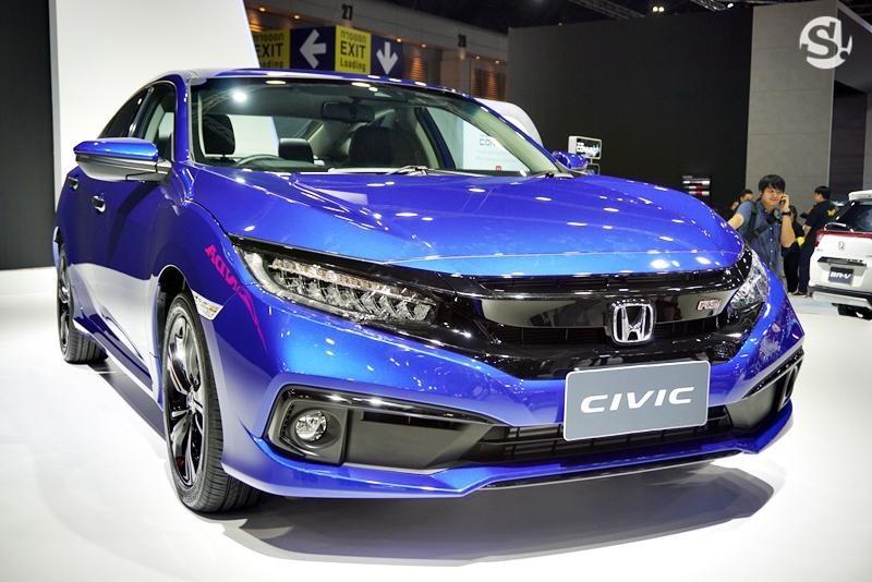 Cận cảnh thiết kế đầu xe của Honda Civic 2019
