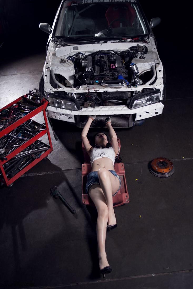 Nuốt nước miếng trước cô thợ sửa xe lấm lem với thân hình đẫy đà chết người - 22