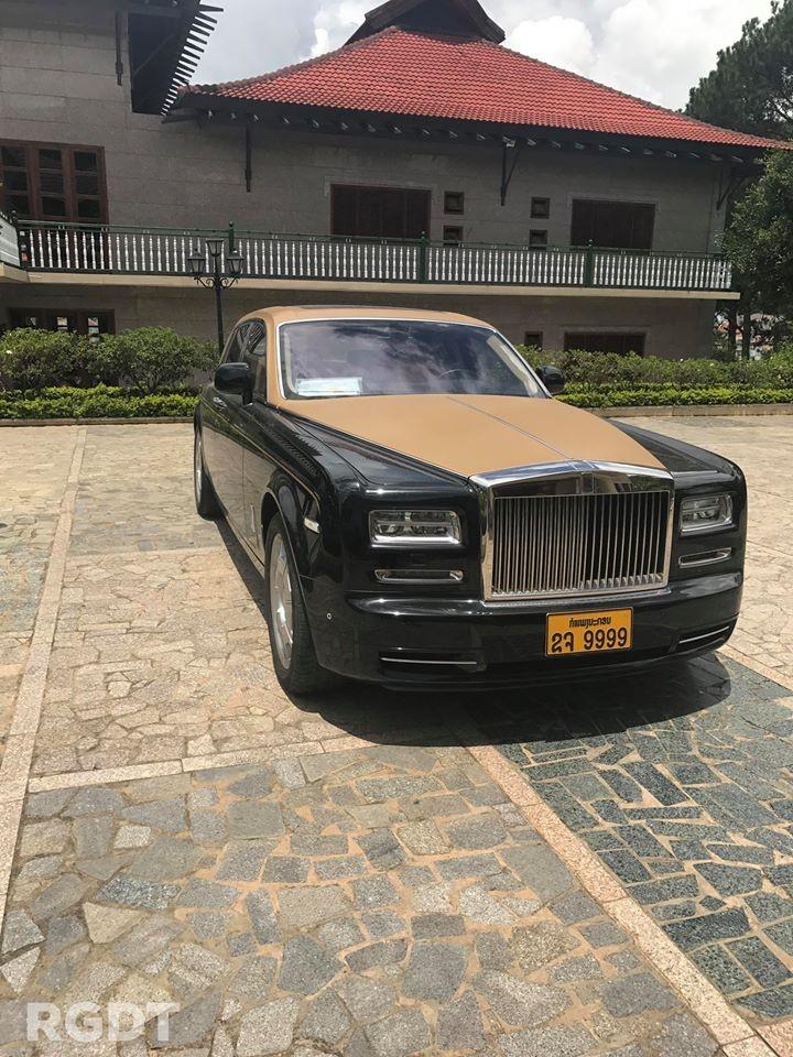Còn đây là chiếc Rolls-Royce Phantom Series II mang biển tứ quý 9 của Lào