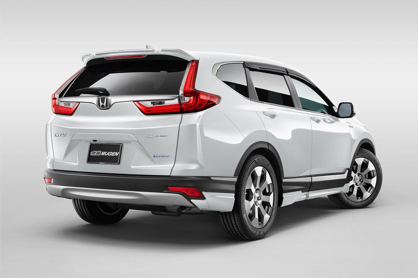 Honda CR-V Mugen 2019 còn được trang bị cánh gió mui mới