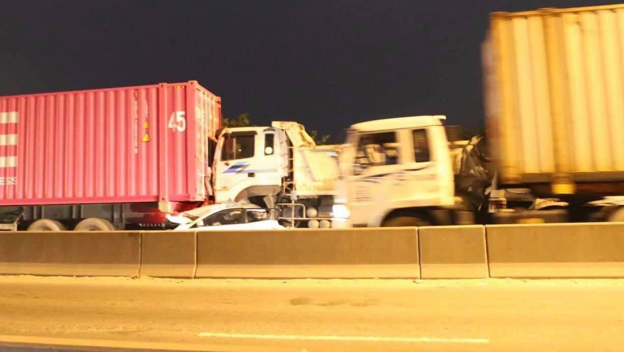 Vụ tai nạn khiến cầu Phú Mỹ bị ùn tắc giao thông