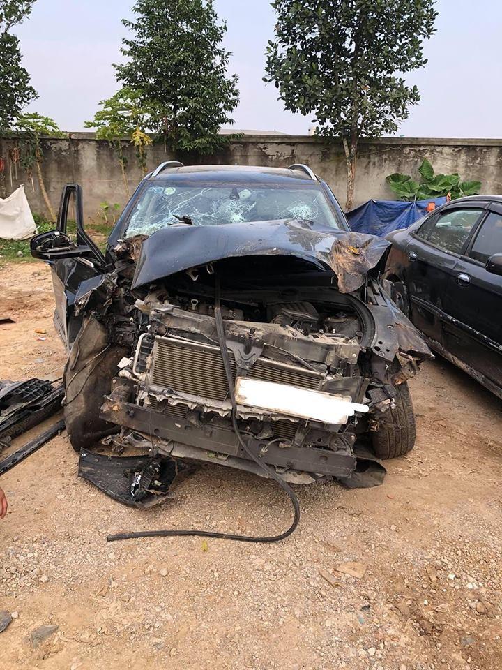 Chiếc Zotye Z8 bị hỏng nặng phần đầu xe sau tai nạn