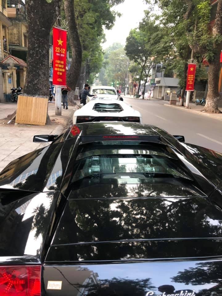 Và nhanh chóng tập kết cùng với Lamborghini Aventador LP700-4 độ lên body kit bản giới hạn LP720-4 50º Anniversario
