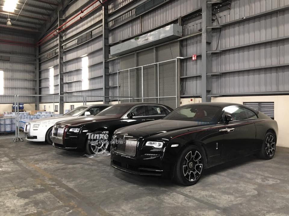 Còn đây là chiếc Rolls-Royce Wraith Black Badge thứ 2