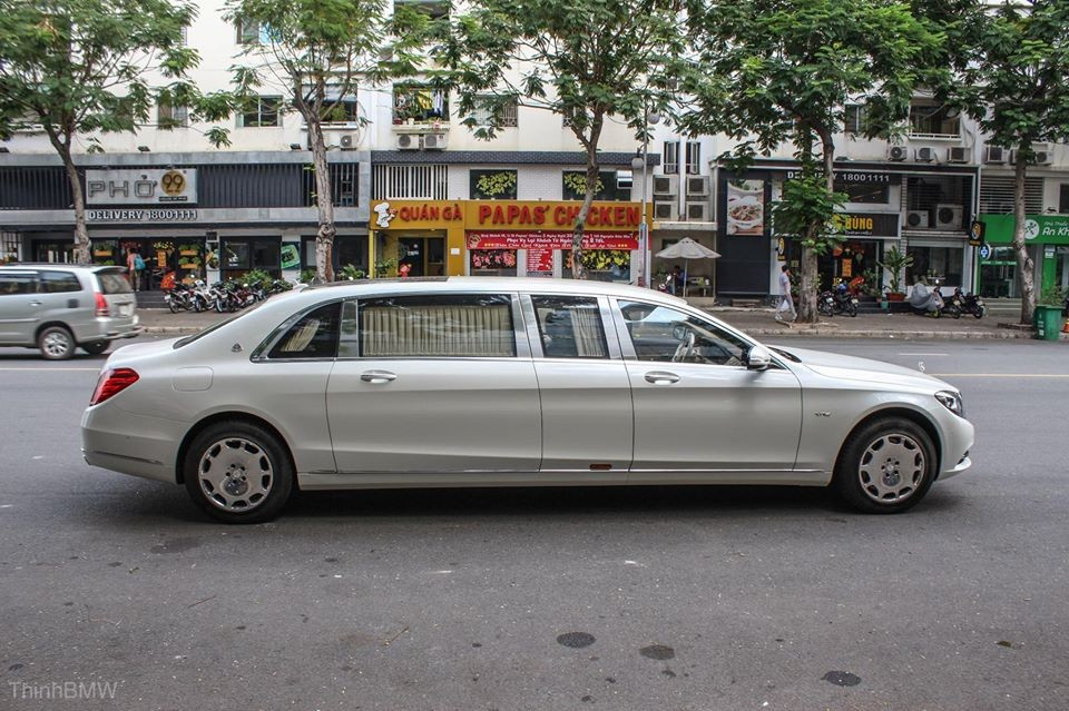 Mercedes-Maybach S600 Pullman đầu tiên tại Việt Nam. Ảnh: Thịnh BMW