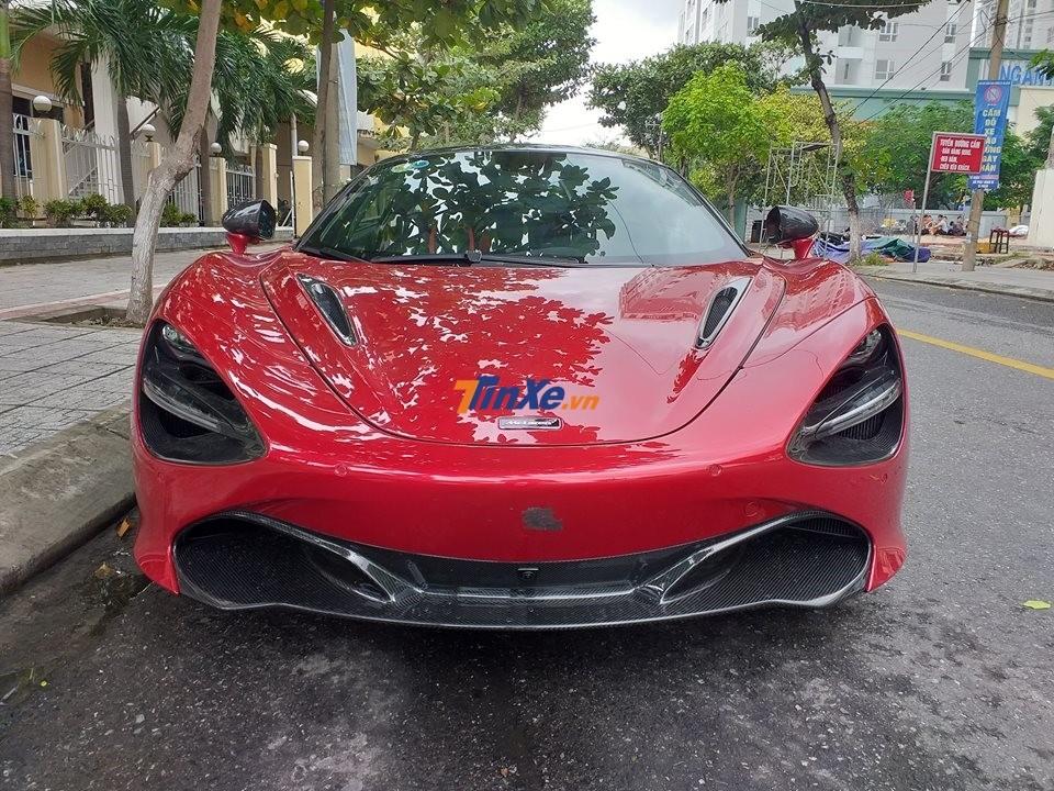 Mclaren 720S thứ 2 cập bến Việt Nam mang màu sơn đỏ