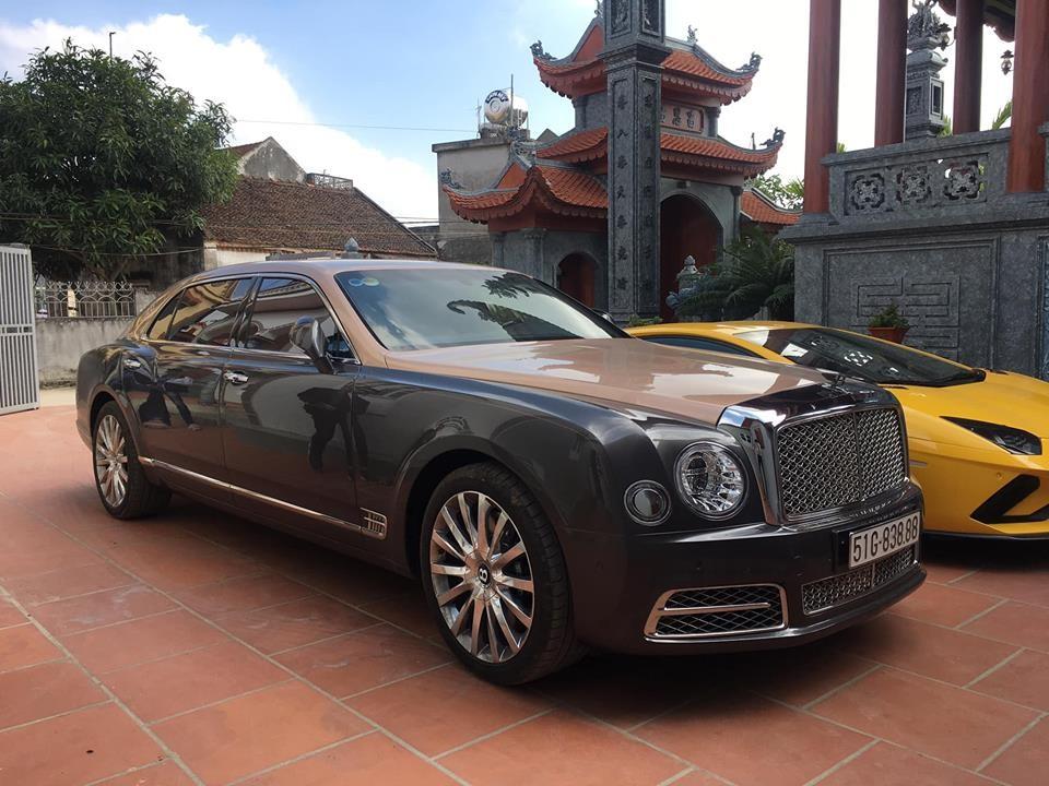 Biển số của xe siêu sang Bentley Mulsanne EWB 2018 chính hãng đầu tiên tại Việt Nam khá đẹp