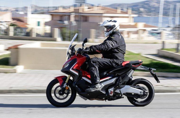 Honda X-ADV dính lỗi cầu chì ECU