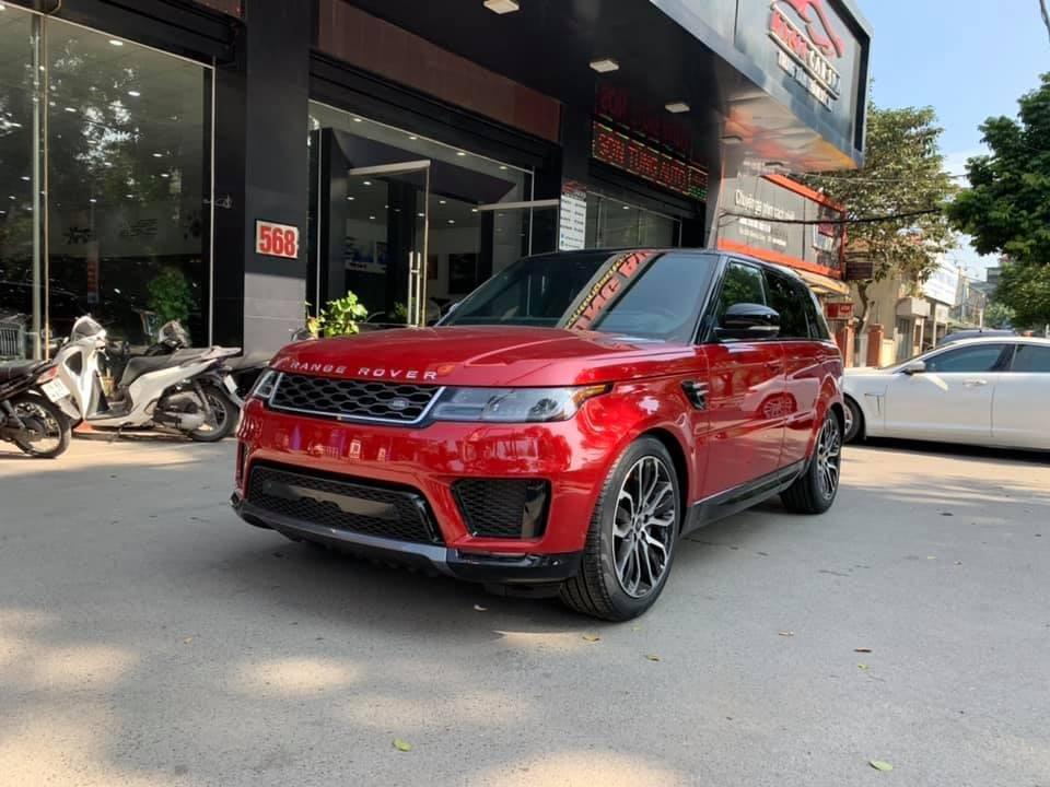 Range Rover Sport HSE đời 2018 đầu tiên Việt Nam