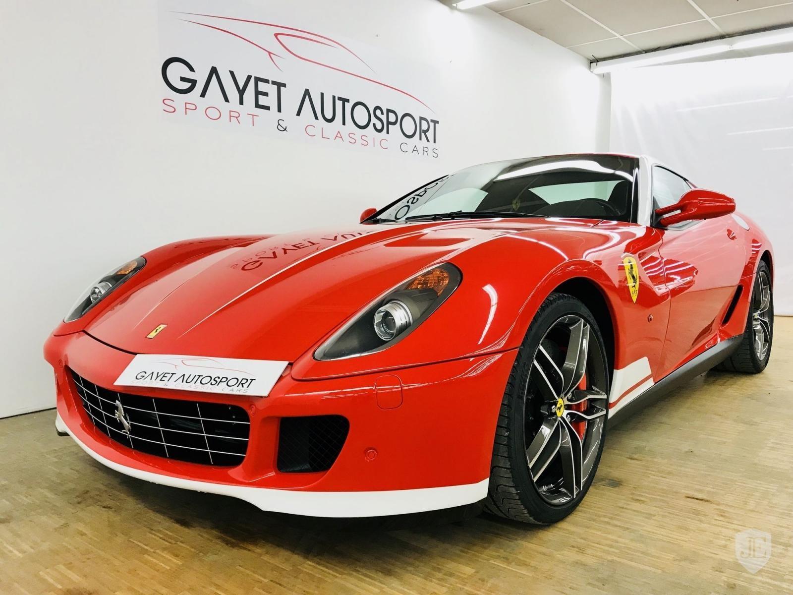 2 trong tổng số 40 chiếc Ferrari 599 GTB 60F1 được sản xuất trên toàn thế giới đang tìm chủ nhân mới