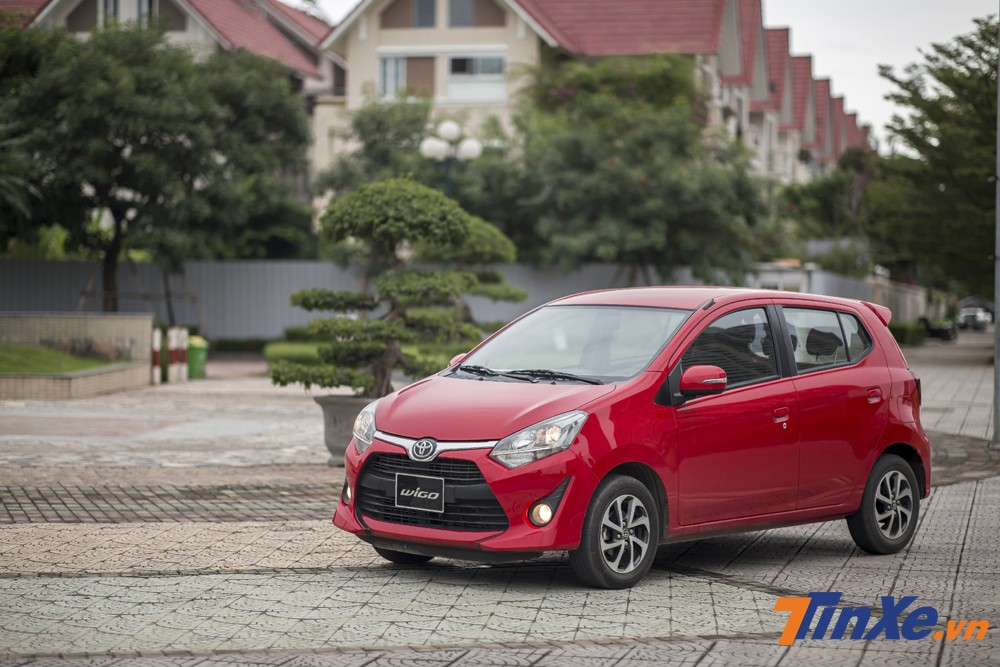 Nhập khẩu từ Indonesia, Toyota Wigo hiện đang là mẫu xe có doanh số dẫn đầu phân khúc hatchback hạng A
