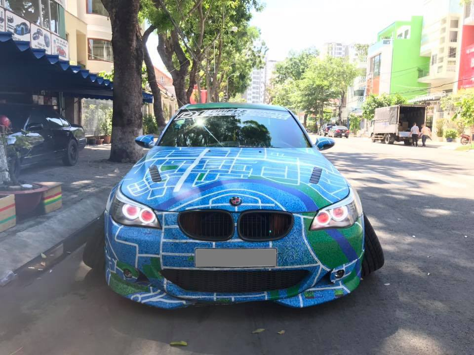 Trào lưu độ xe theo phong cách Onikyan cực VIP của Nhật Bản đã du nhập vào Việt Nam thông qua bản độ của một chiếc BMW M5 tại Sài thành