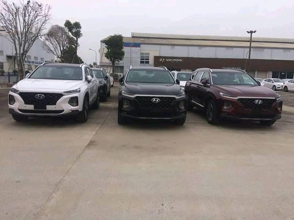 Hyundai Santa Fe 2019 xuất hiện tại các đại lý trên cả nước