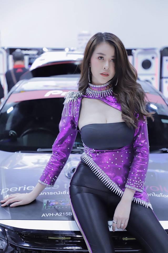 Người mẫu Thái Lan khoe ngực siêu khủng khiến mọi đàn ông phải liếc nhìn - 8