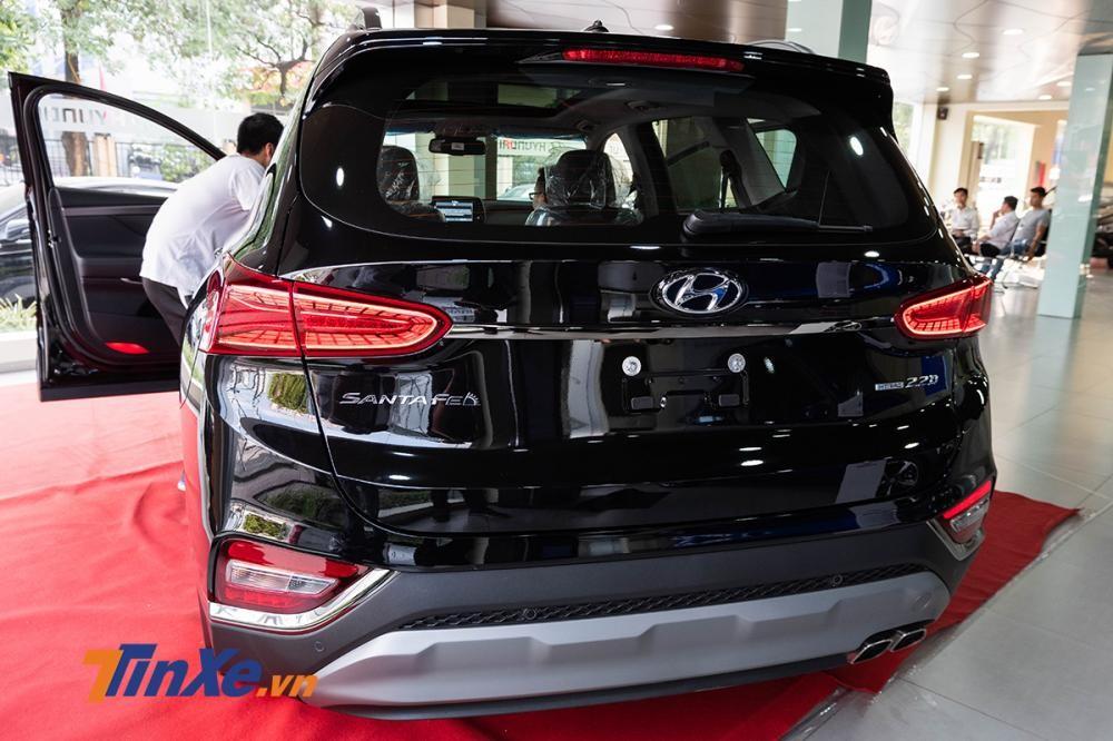 Thiết kế đuôi xe của Hyundai Santa Fe 2019 tại Việt Nam
