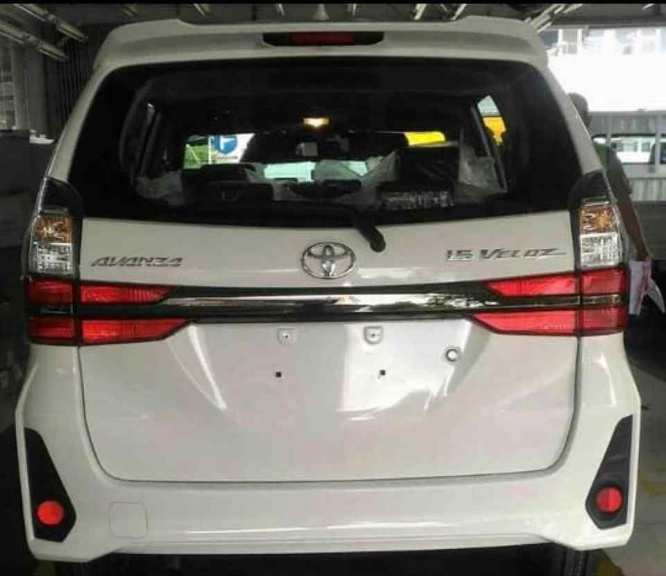 Đuôi xe của Toyota Avanza 2019 cũng được cải tiến thiết kế