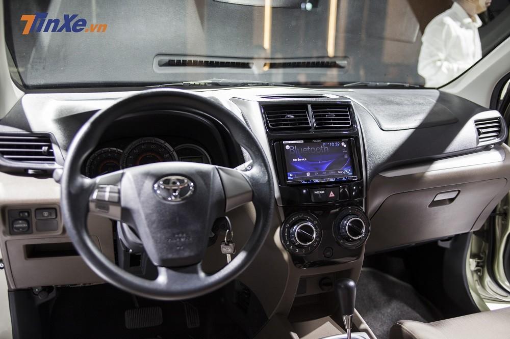 Nội thất bên trong Toyota Avanza 2018 tại Việt Nam