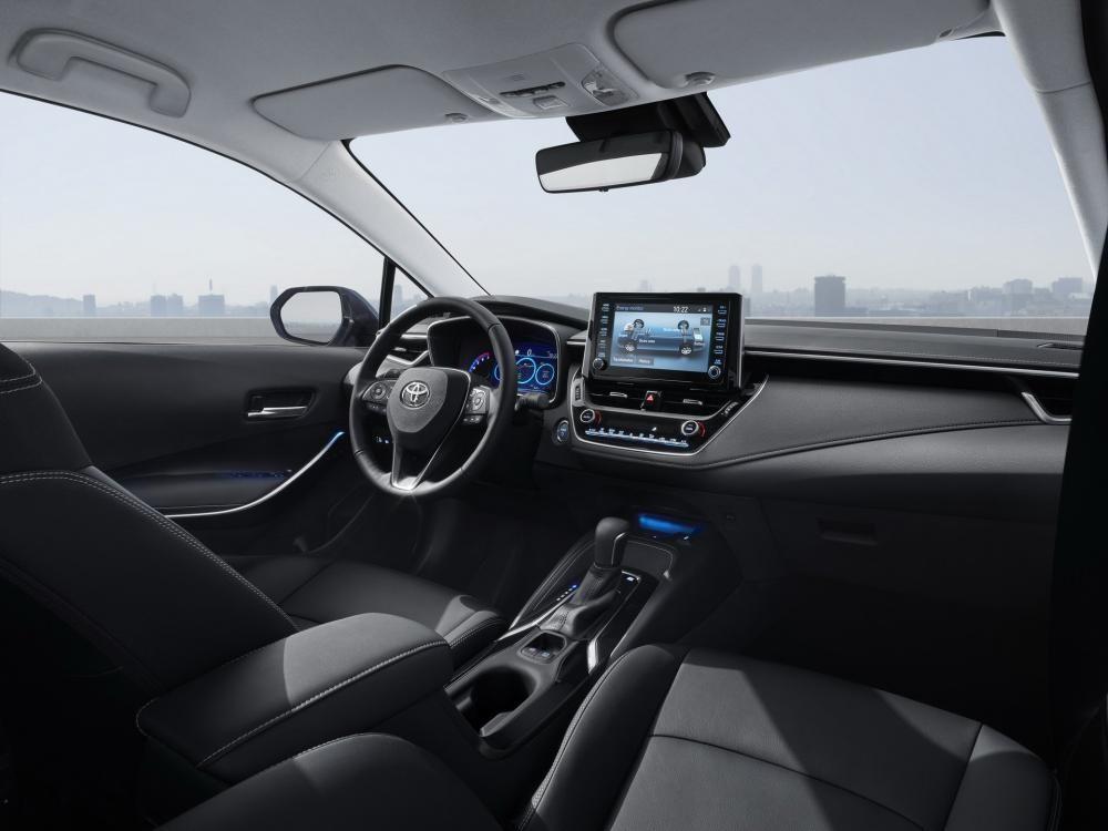 Thiết kế nội thất bên trong Toyota Corolla Altis 2019