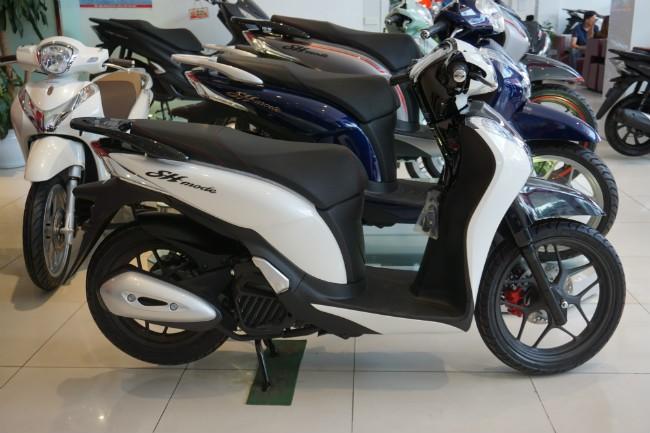 Từ 1/1/2020 tất cả xe mô tô, xe gắn máy được lắp ráp, sản xuất và nhập khẩu đều phải được dán nhãn năng lượng