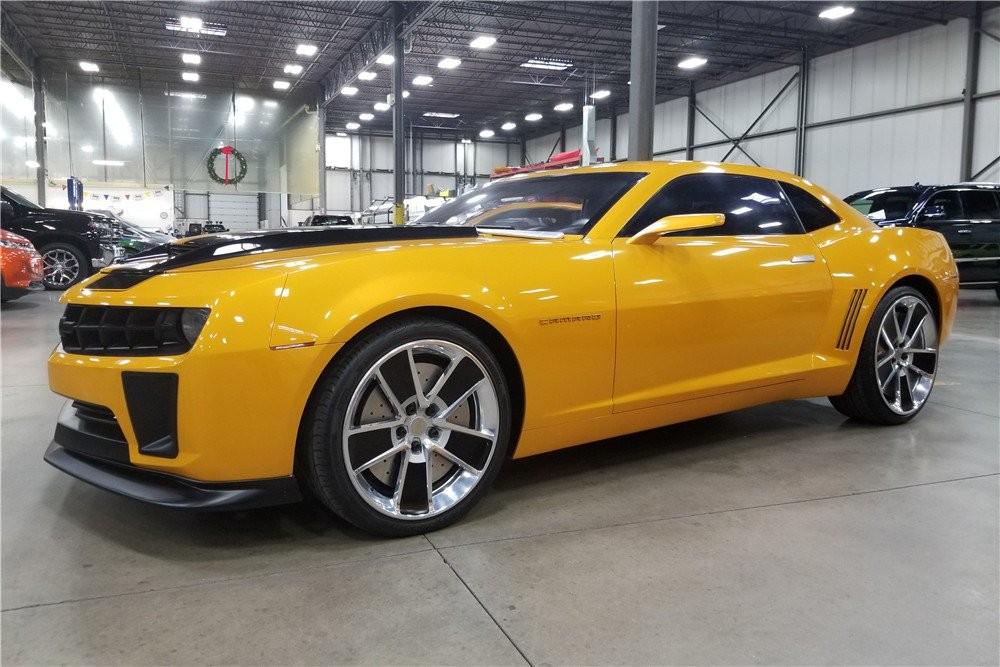 Lý do là xe đã được chỉnh sửa lại thiết kế để phù hợp với bộ phim Transformers