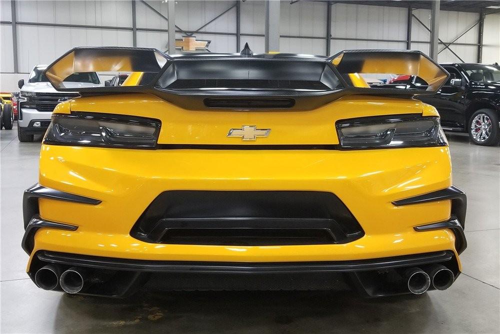 Chiếc Chevrolet Camaro 2016 trong tập phim Transformers thứ năm