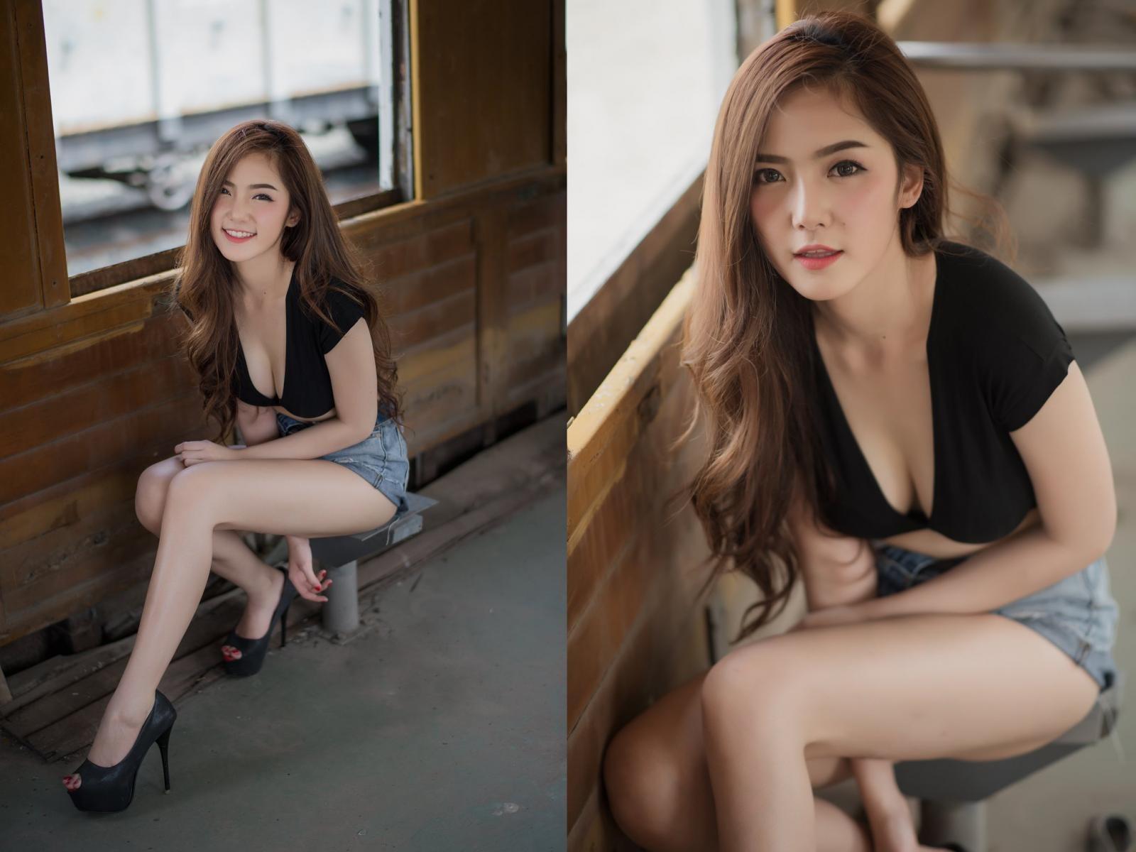 Người đẹp gốc Thái thả dáng hồn nhiên bên đường ray tàu hỏa - 19