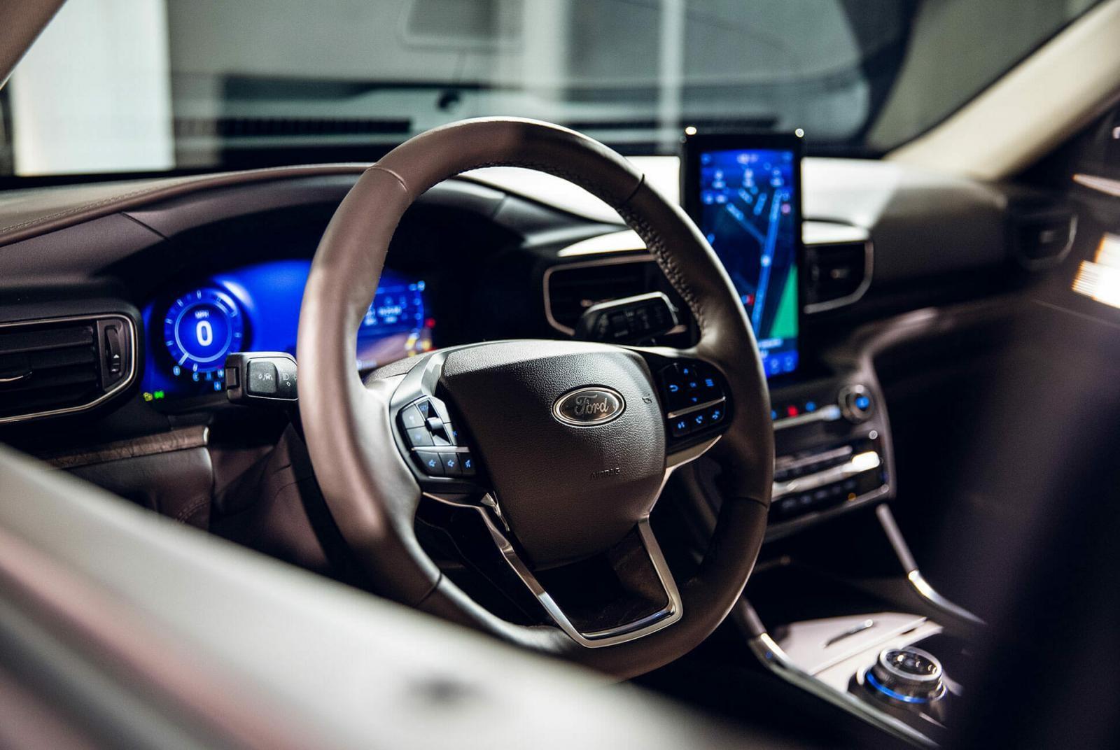 Nội thất bên trong Ford Explorer 2020 phiên bản Platinum cao cấp nhất