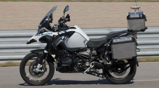 BMW R1200GS được tích hợp công nghệ tự động lái