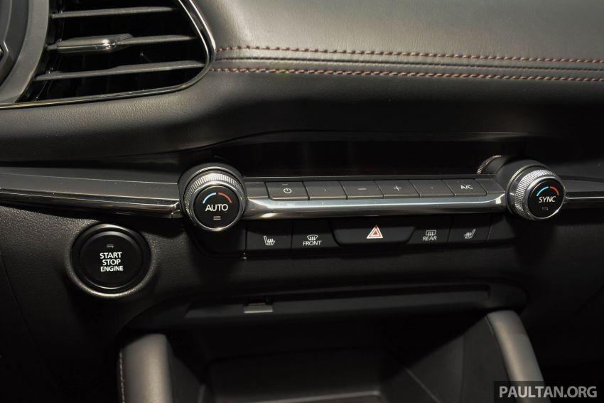 Nút chỉnh điều hòa của Mazda3 2019