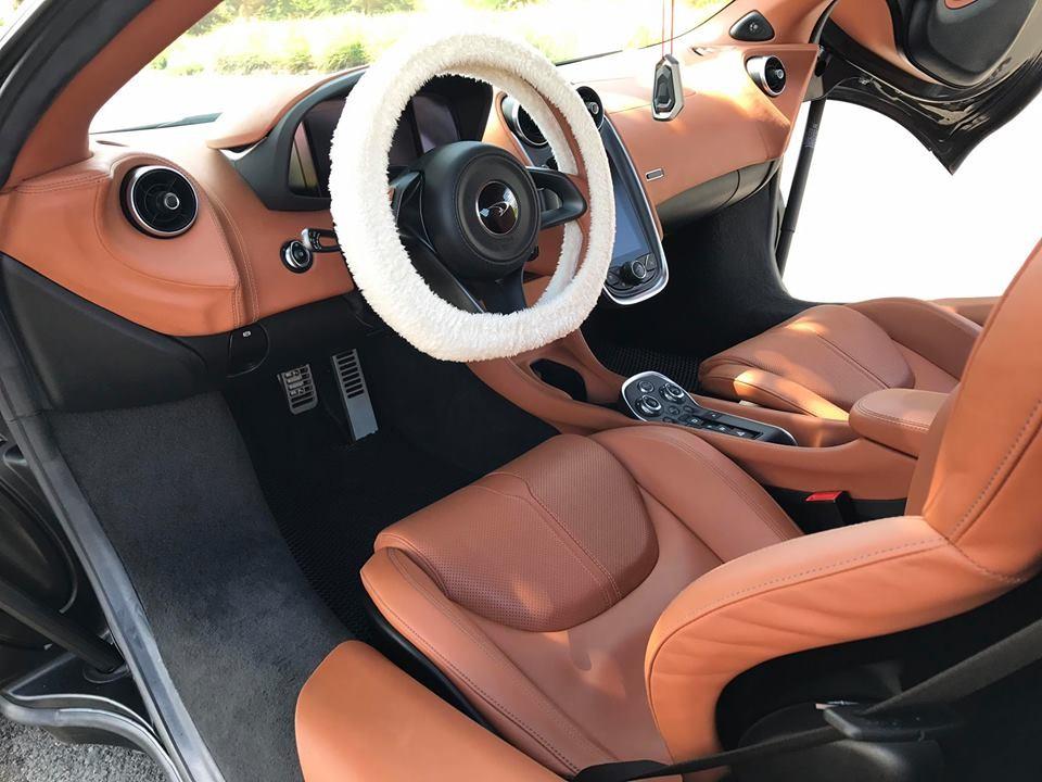 Nội thất siêu xe McLaren 570S độ độc nhất Việt Nam không có gì thay đổi